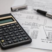 Qué impuestos paga un autónomo