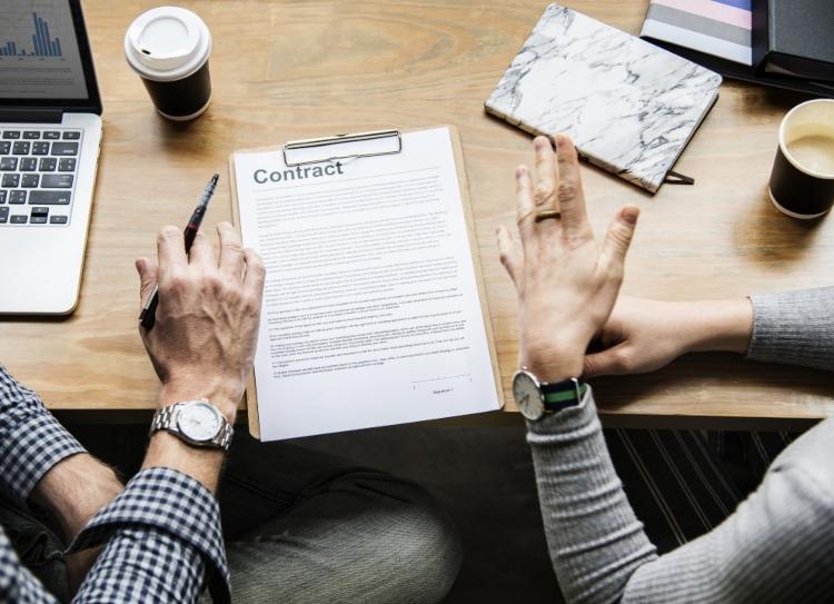 ¿Qué es un contrato indefinido?